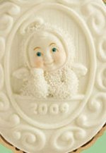 Cameo Ornament